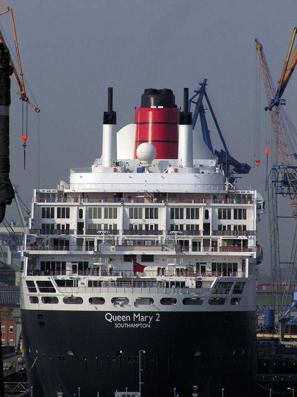 GTS Queen Mary 2 (2003) - © by Ingo Josten
